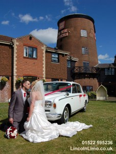 Rolls Royce wedding car at The Pride of Lincoln copy