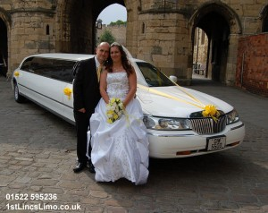 Wedding limo at Lincoln Cathedral copy