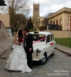 Wedding taxi at Lincoln Regisrty Office copy