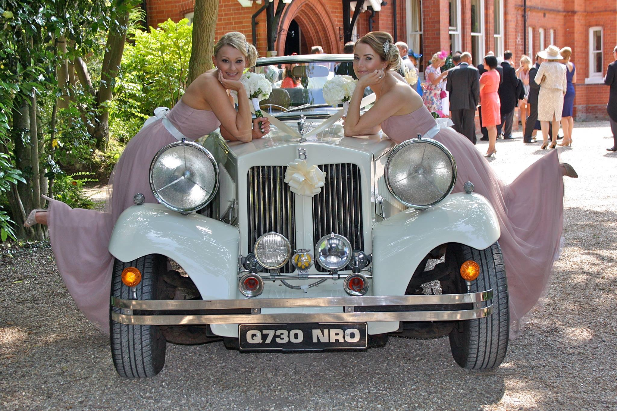Ivory Beauford Woodhall spa Wedding